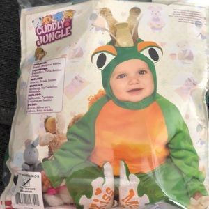Other - NWT Infant Frog costume